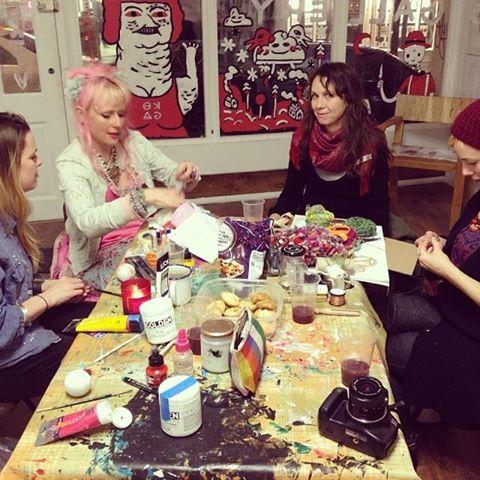 Art Gathering.